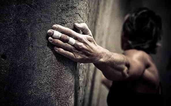 人生的攀岩
